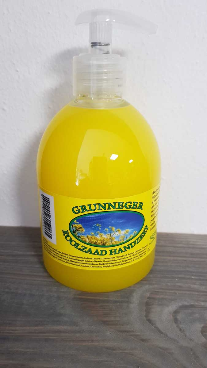 Grunneger koolzaadzeep pompflacon 300 ml.